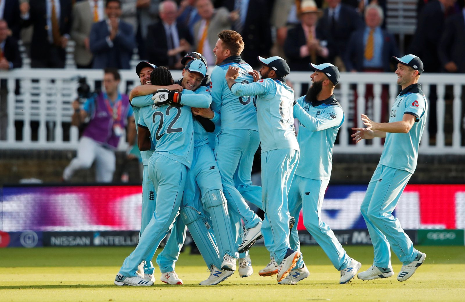 Indian cricket fans betting trends regulated binary options brokers list